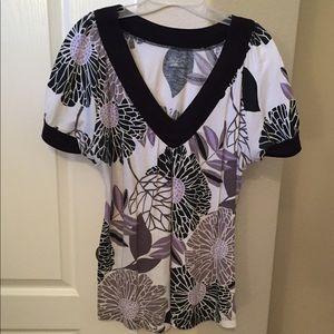 ANA Black, White & lavender spring top